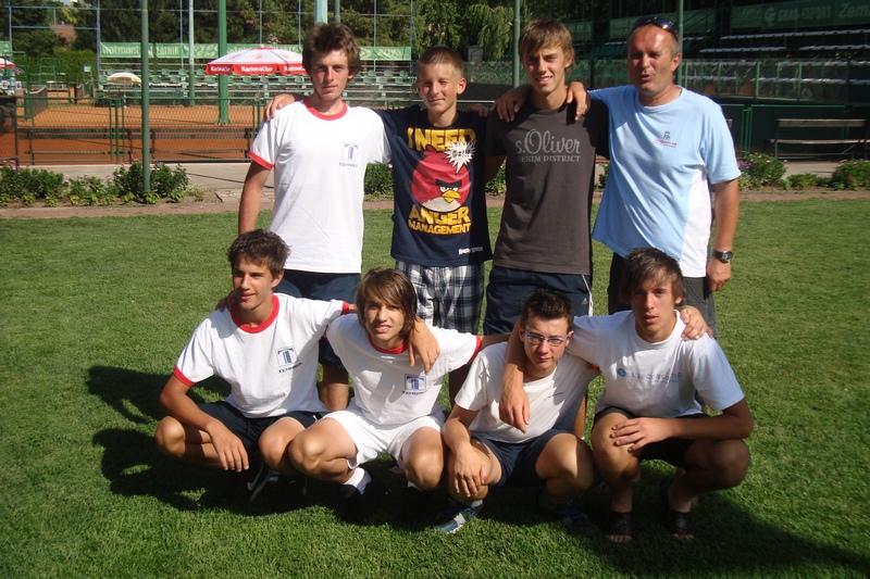 juniori u_vinkovcima