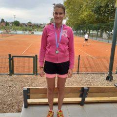 Nika Šifkorn druga na turniru u Đurđevcu